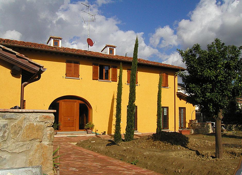 Casa colonica galceti impresa edile gruppo edilzona srl for Casa classica srl